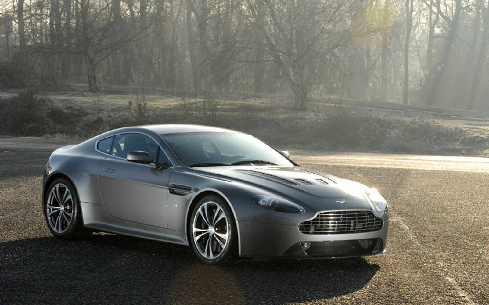 Nice wallpapers Aston Martin V12 Vantage 1603x1000px