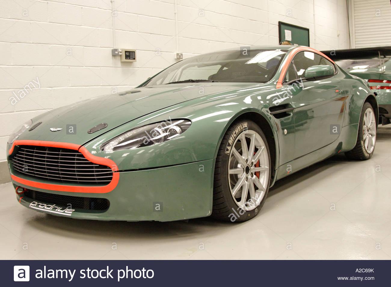 Nice Images Collection: Aston Martin V8 Vantage Rally GT Desktop Wallpapers