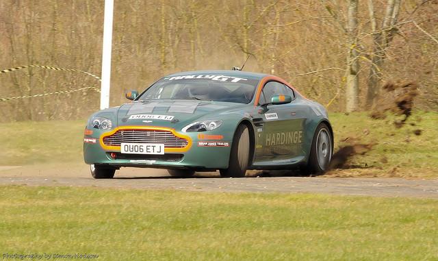 Images of Aston Martin V8 Vantage Rally GT | 640x381