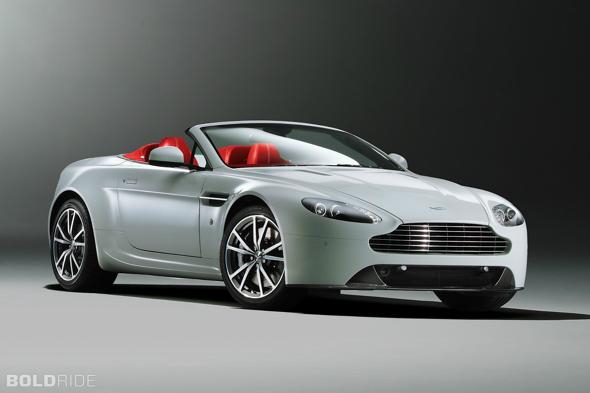 2000x1333 > Aston Martin V8 Vantage S Roadster Wallpapers