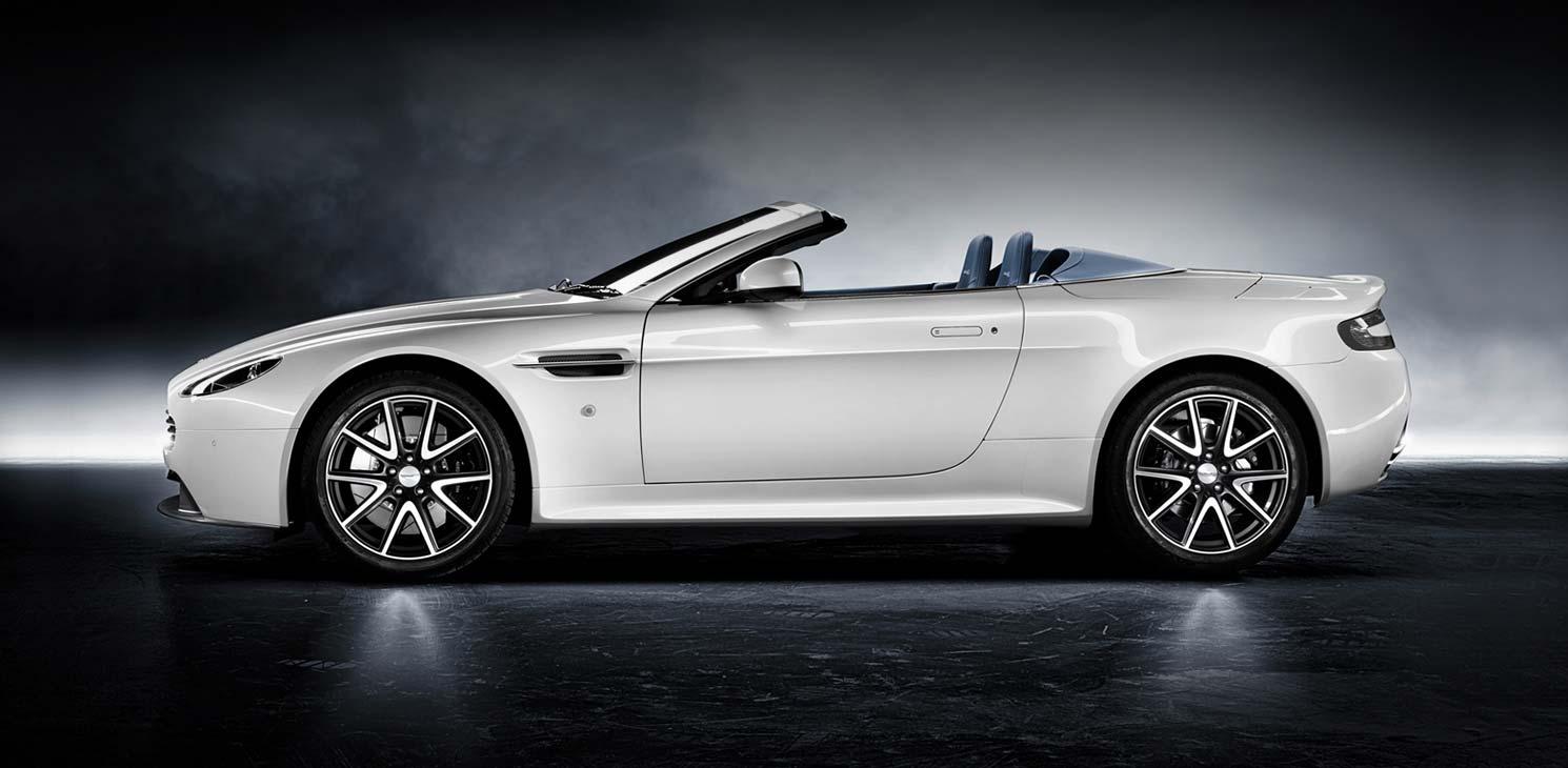 Aston Martin V8 Vantage S Roadster Backgrounds, Compatible - PC, Mobile, Gadgets| 1490x730 px