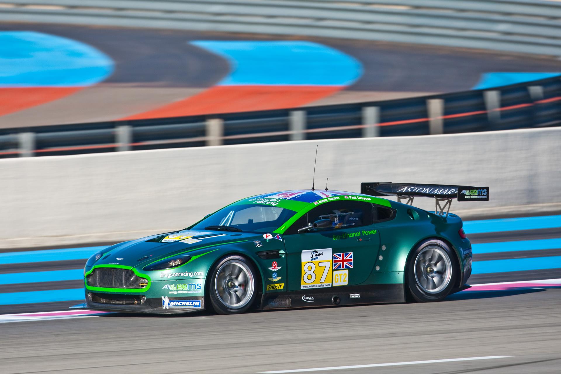Aston Martin Vantage GT2 Backgrounds, Compatible - PC, Mobile, Gadgets| 1920x1280 px