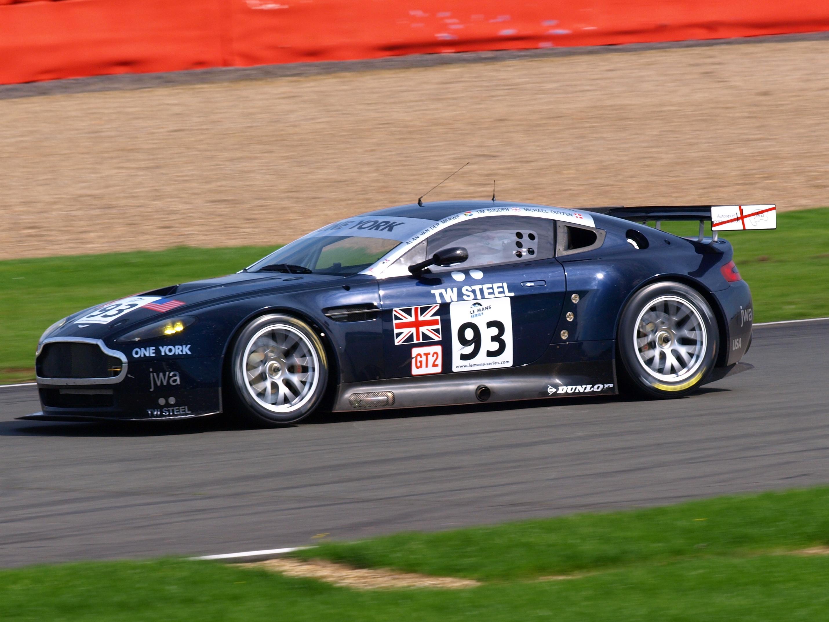 Nice wallpapers Aston Martin Vantage GT2 2861x2146px
