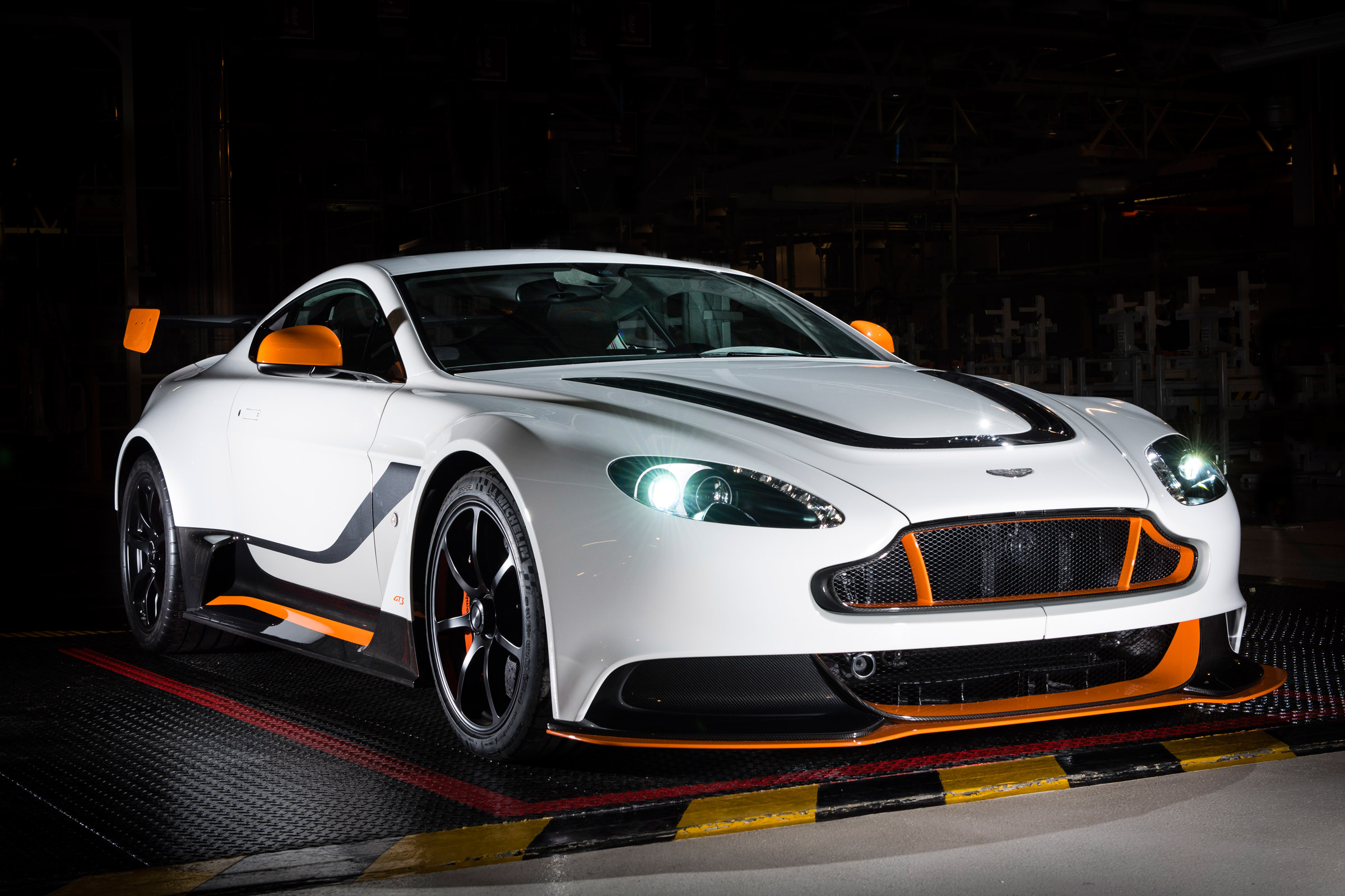Nice wallpapers Aston Martin Vantage GT3 2400x1600px