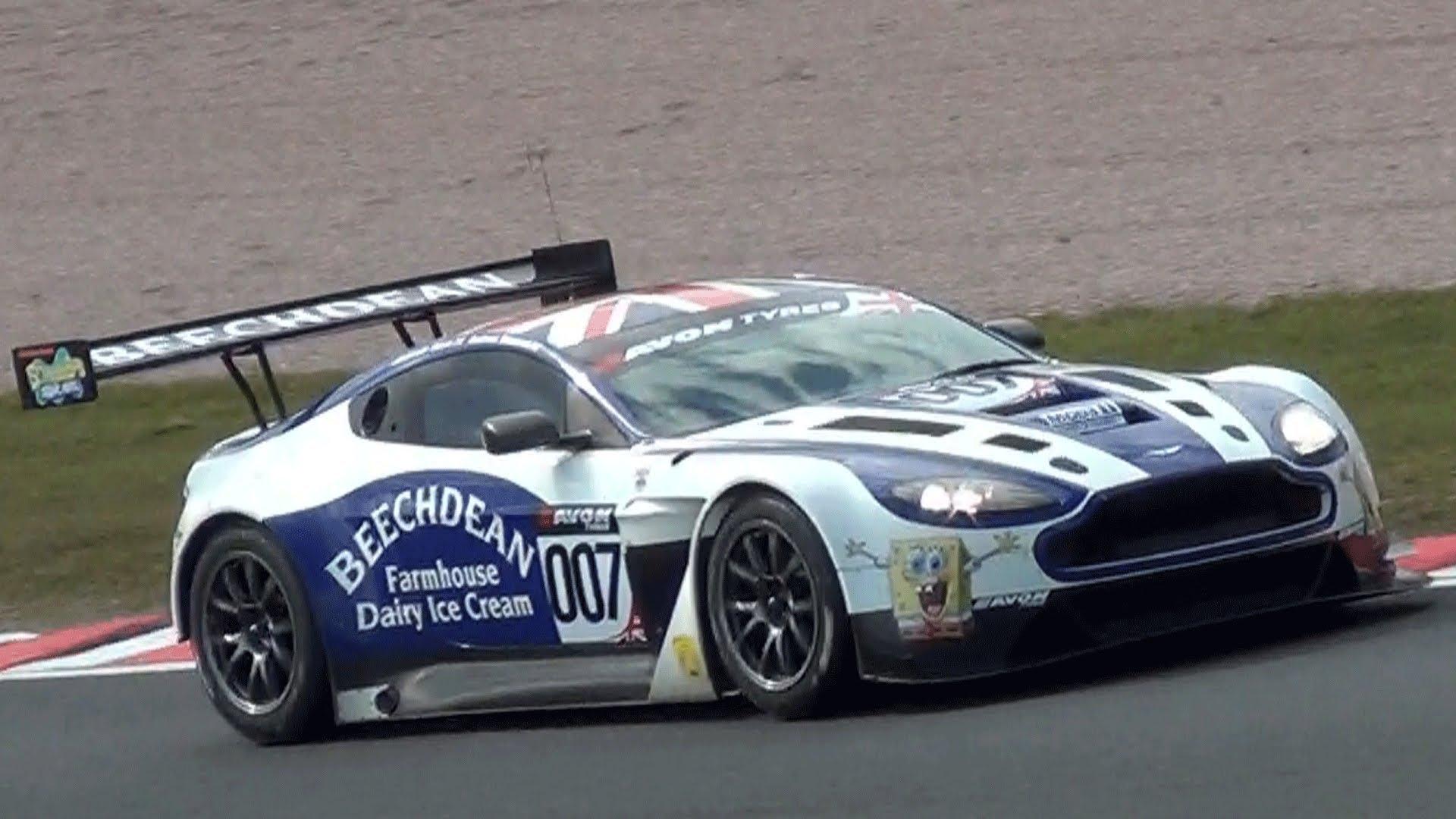 Aston Martin Vantage GT3 Pics, Vehicles Collection