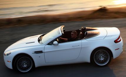 Aston Martin Vantage Roadster Pics, Vehicles Collection