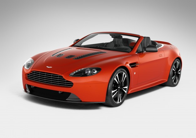 626x442 > Aston Martin Vantage Roadster Wallpapers