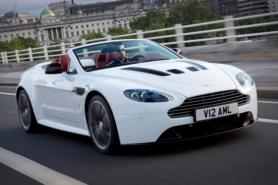 Aston Martin Vantage Roadster High Quality Background on Wallpapers Vista