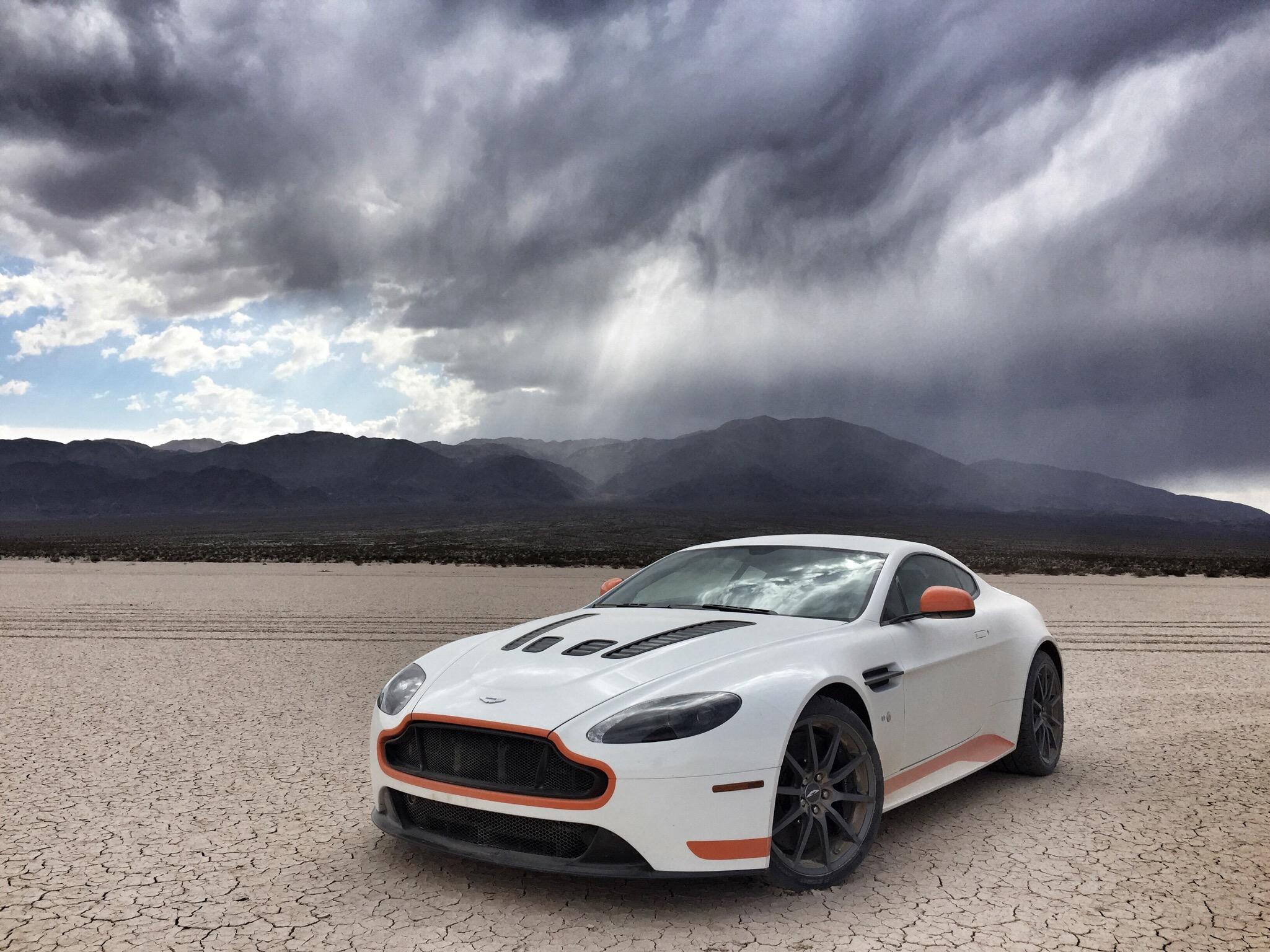 Aston Martin Vantage S Backgrounds on Wallpapers Vista