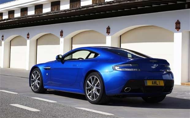 620x387 > Aston Martin Vantage S Wallpapers