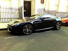 Images of Aston Martin Vantage | 220x165