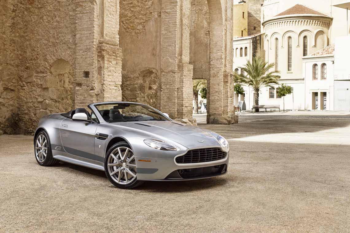 1140x760 > Aston Martin Vantage Wallpapers