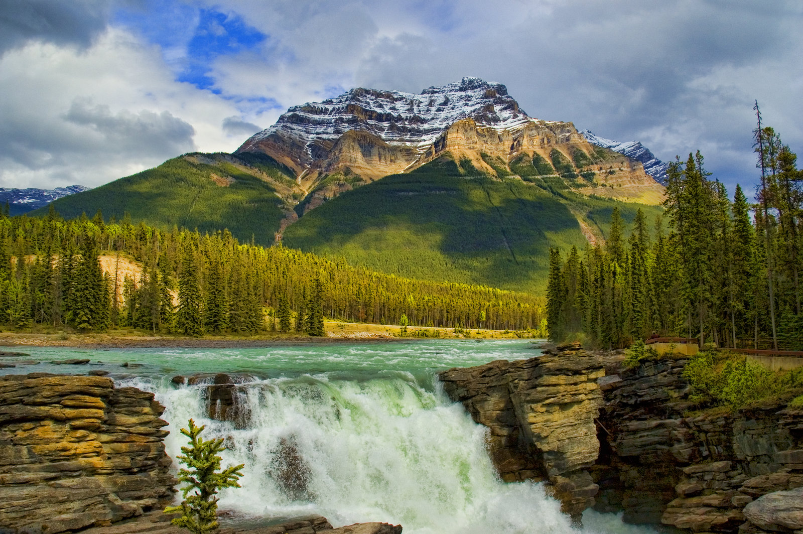 Images of Athabasca Falls   1600x1064