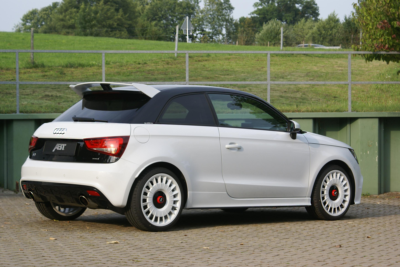 High Resolution Wallpaper | Audi A1 Quattro 2896x1936 px