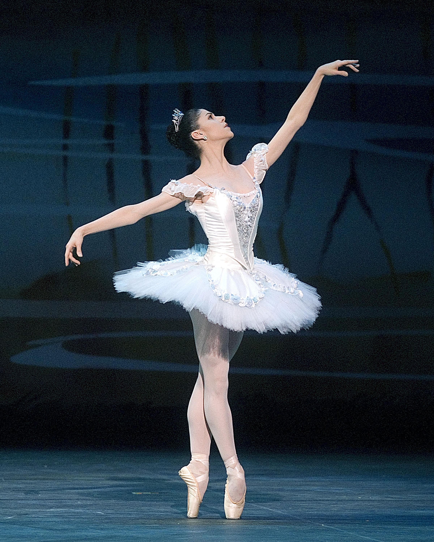 Amazing Ballerina Pictures & Backgrounds