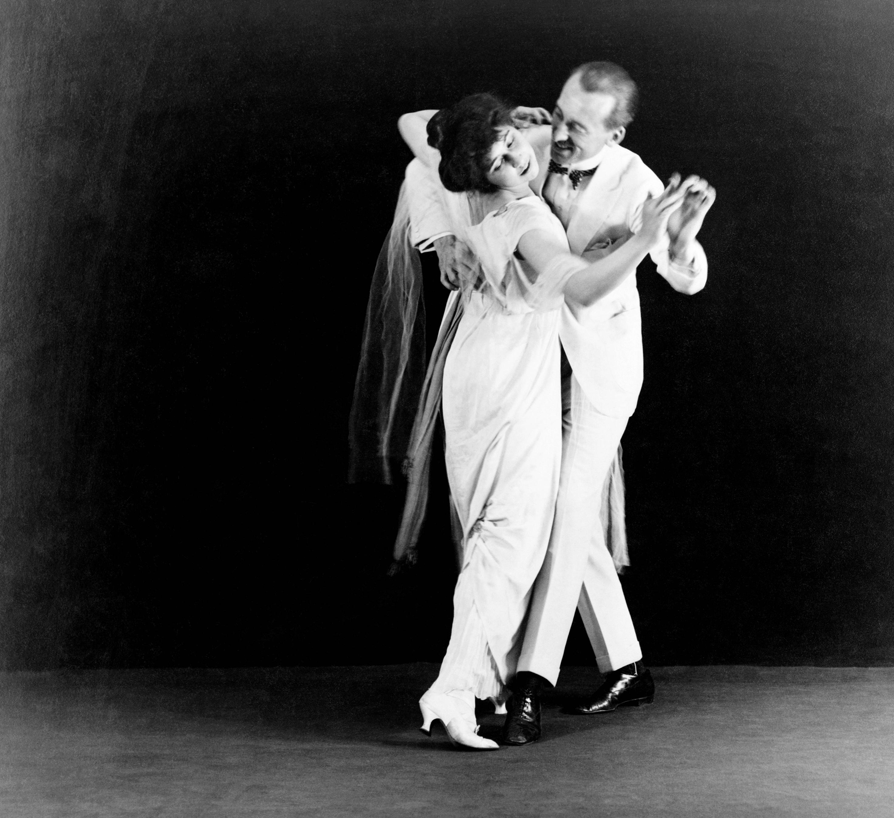 HQ Ballroom Dancing Wallpapers | File 2982.36Kb