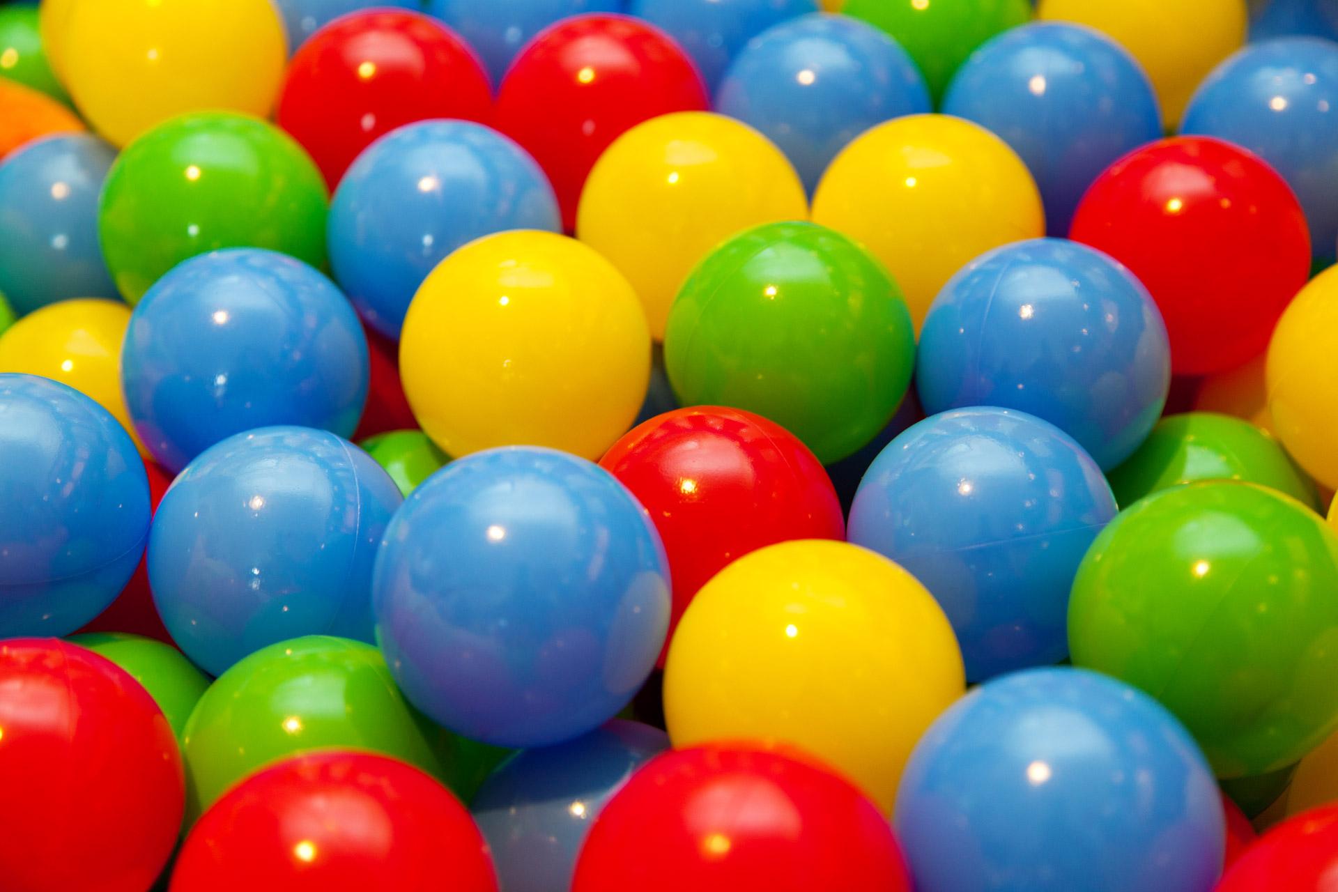 Balls Pics, CGI Collection