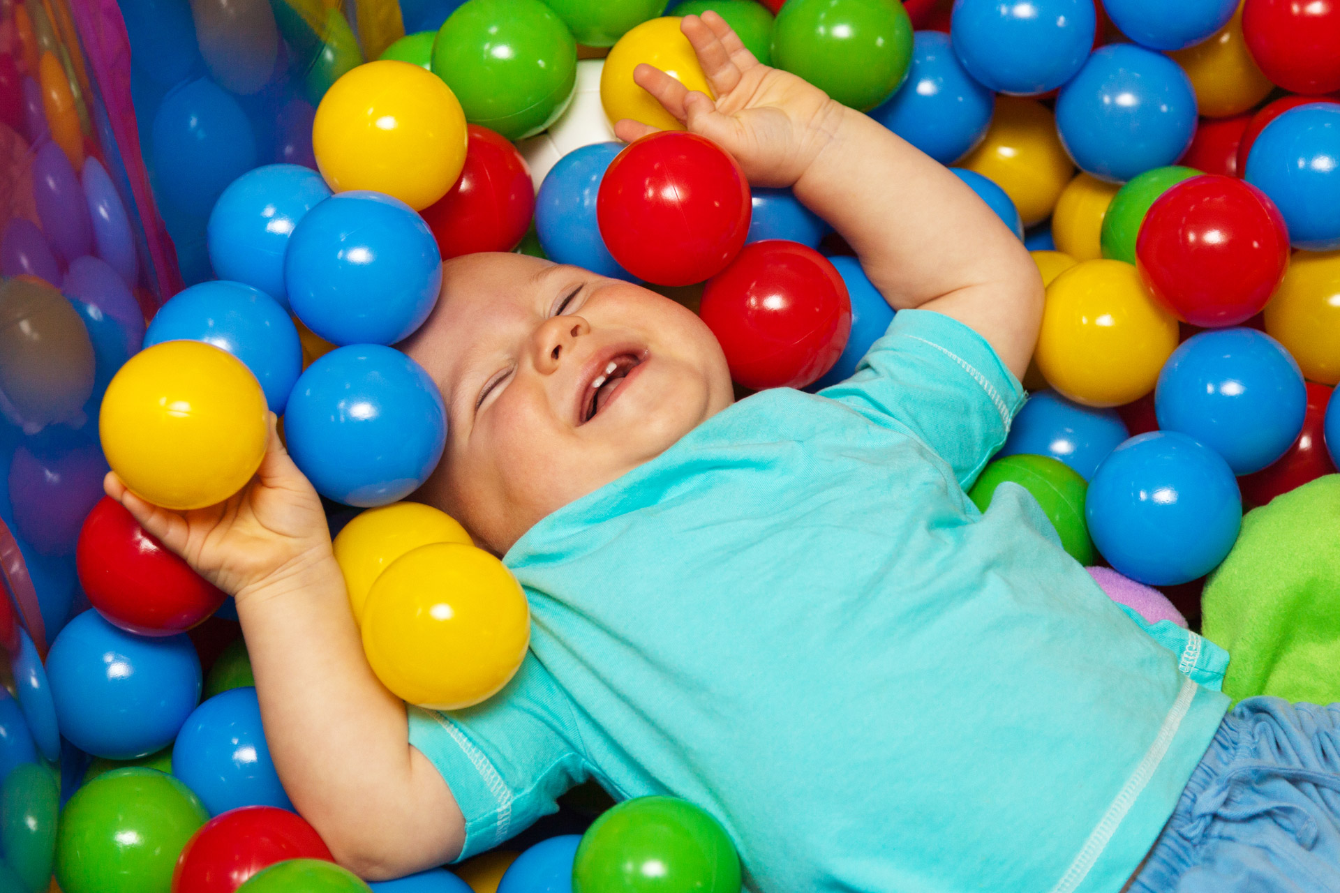 Amazing Balls Pictures & Backgrounds