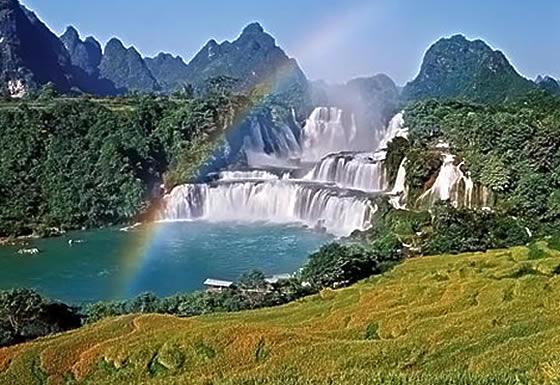 Images of Ban Gioc–Detian Falls | 560x385