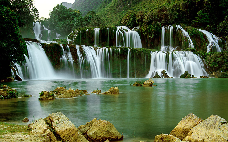 Ban Gioc–Detian Falls Backgrounds on Wallpapers Vista