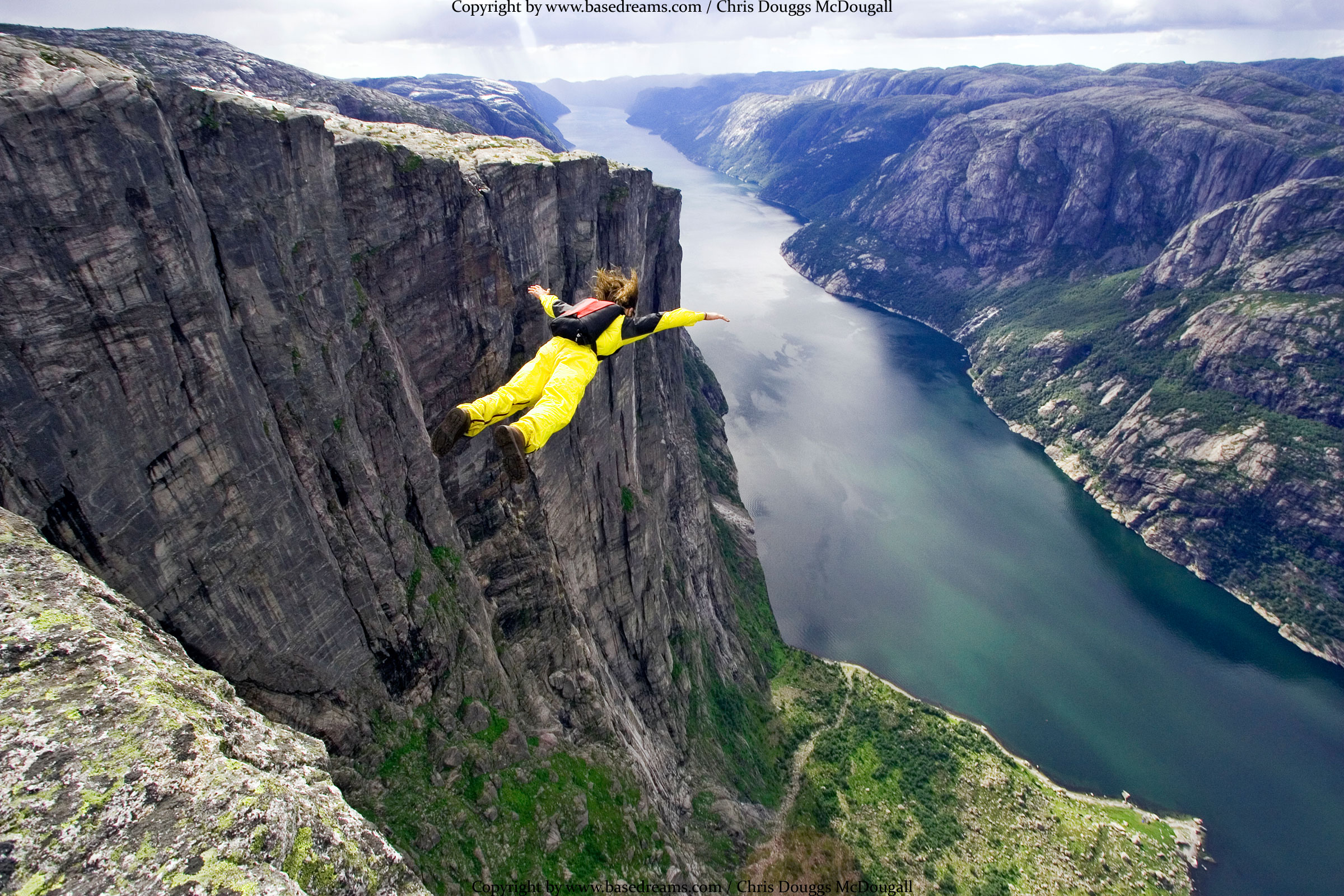 HQ Base Jumping Wallpapers | File 1028.28Kb