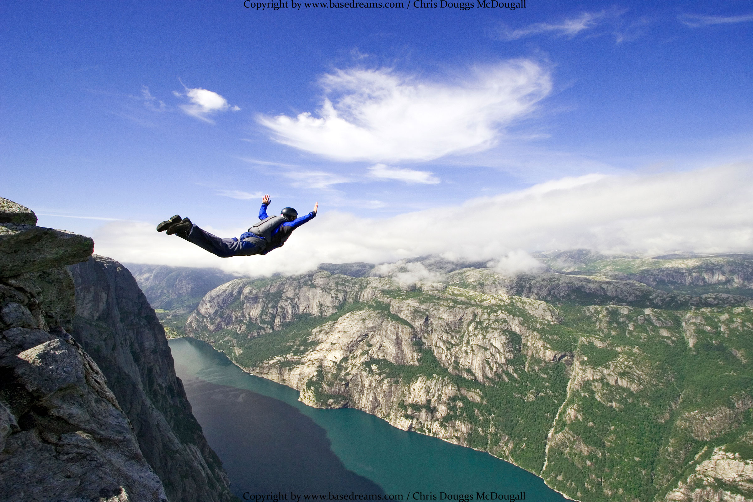 2400x1600 > Base Jumping Wallpapers