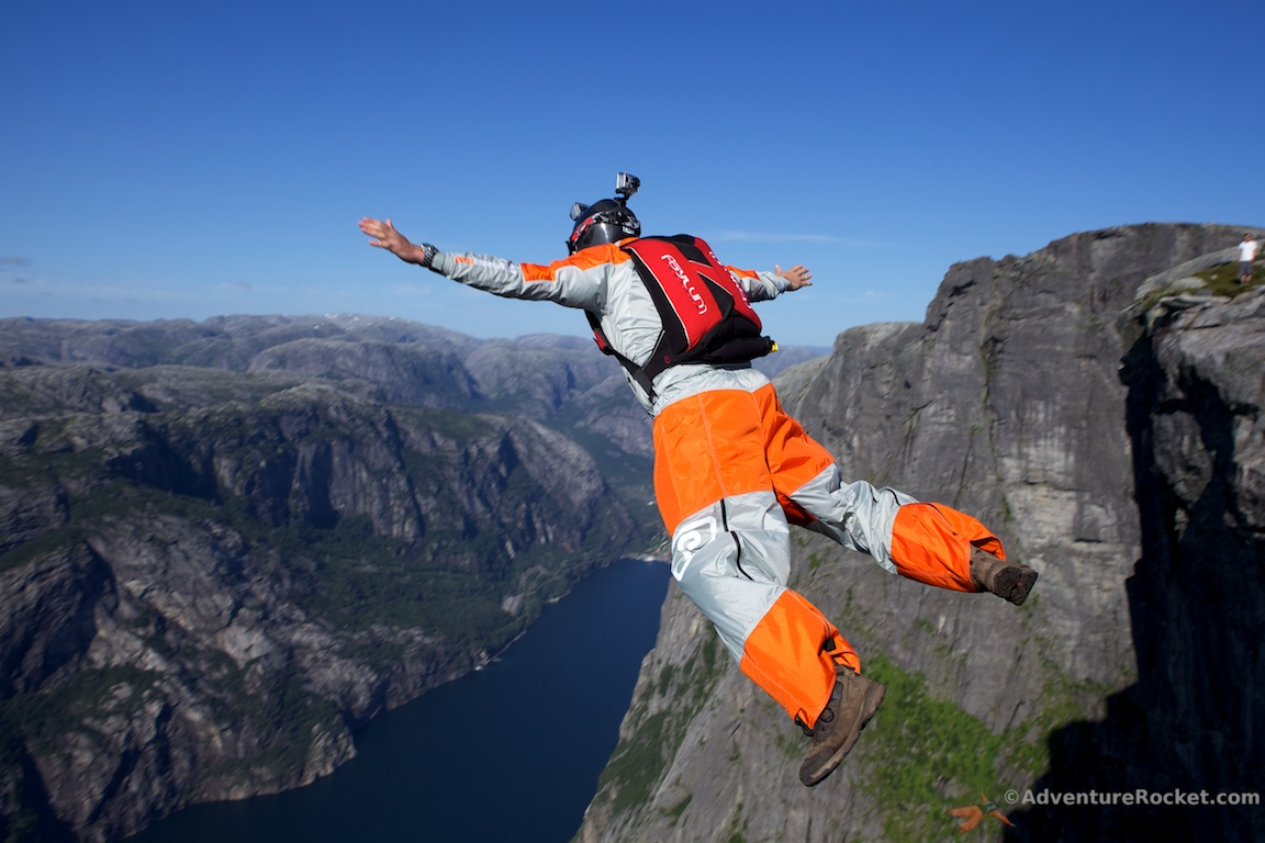 Images of Base Jumping | 1152x768