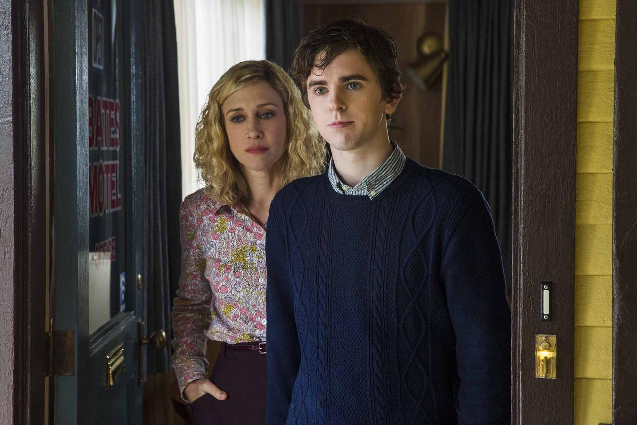 Bates Motel Backgrounds, Compatible - PC, Mobile, Gadgets| 1300x867 px