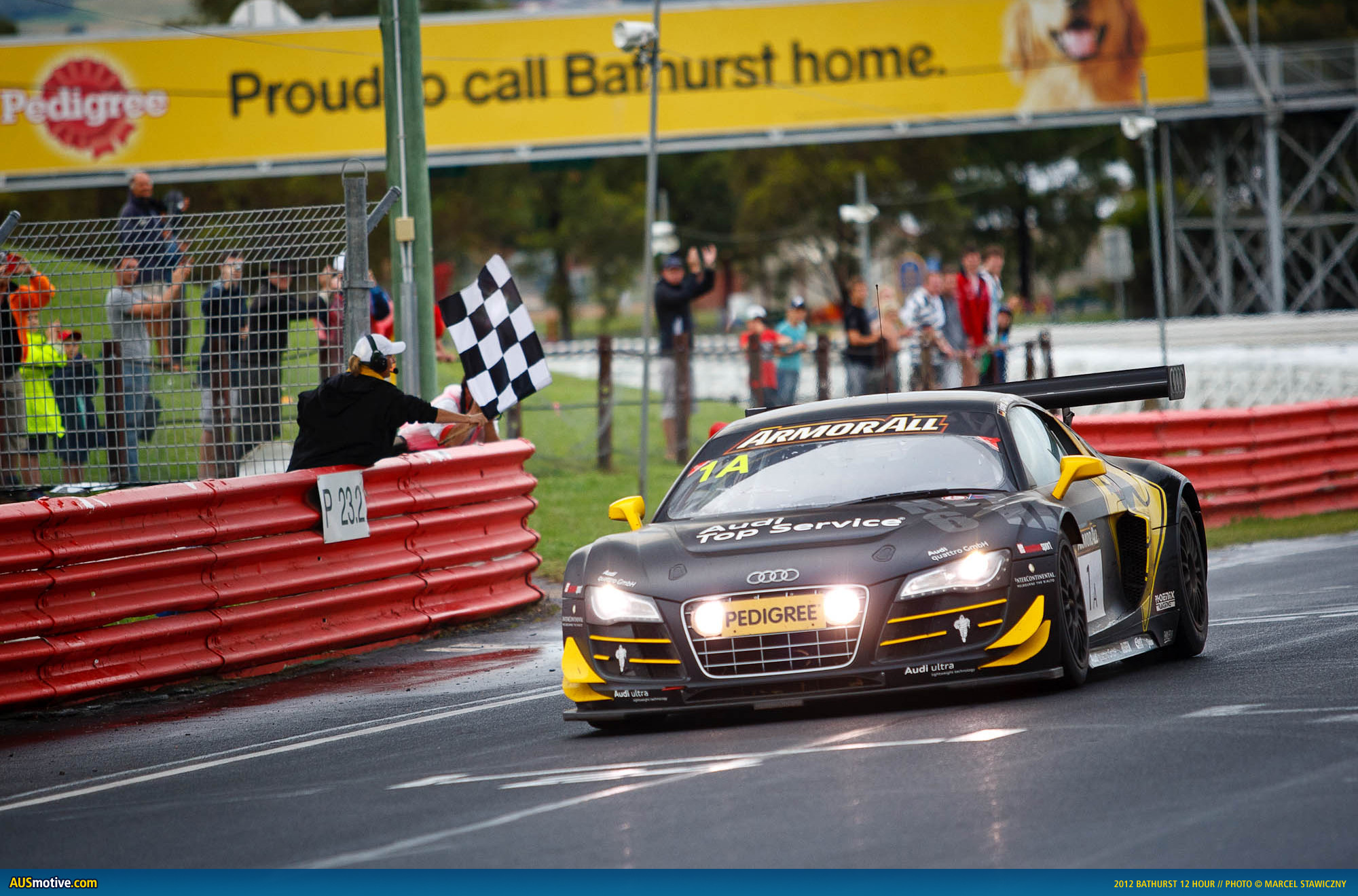 High Resolution Wallpaper | Bathurst 12 Hour Endurance 2000x1320 px