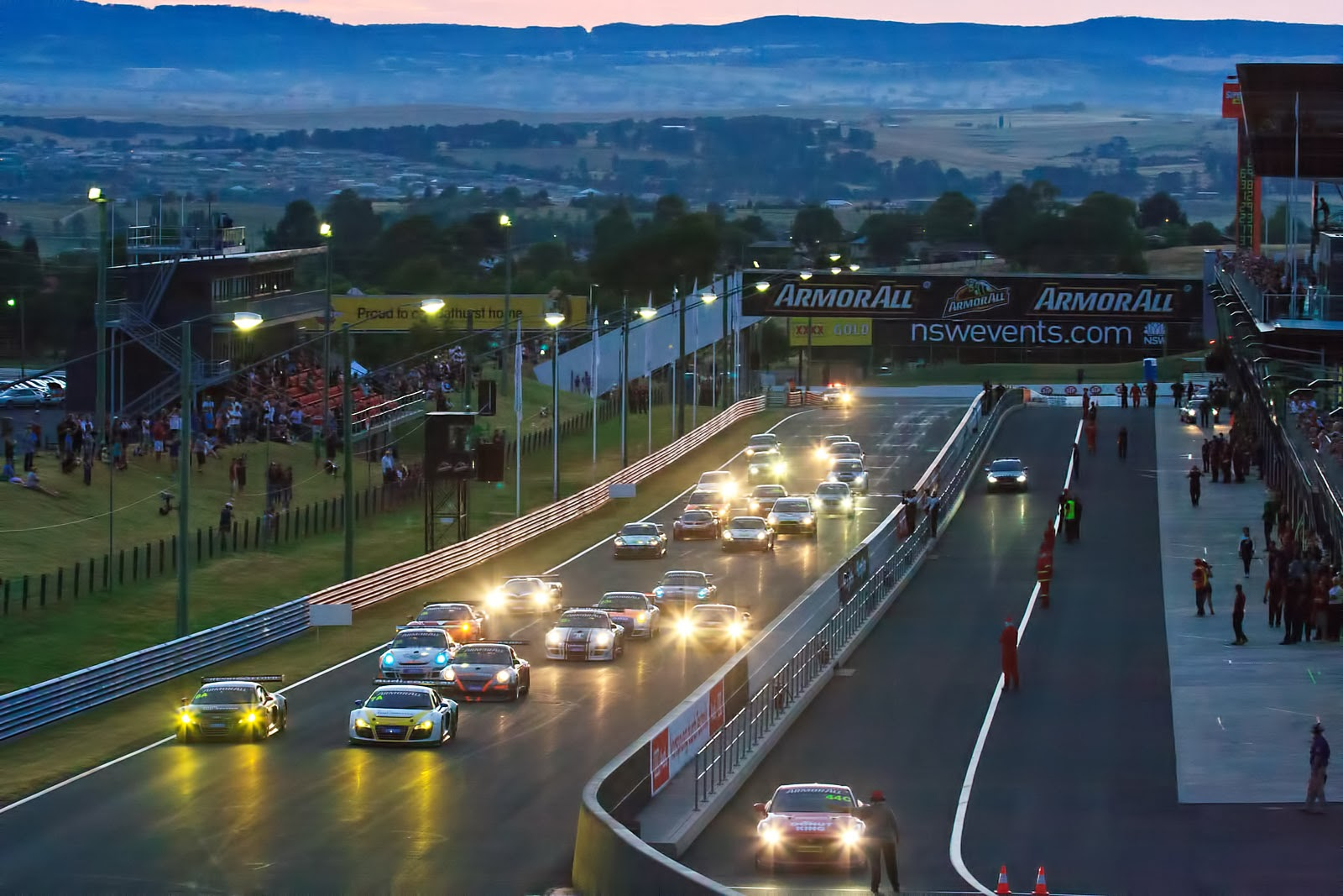 Images of Bathurst 12 Hour Endurance | 1600x1067
