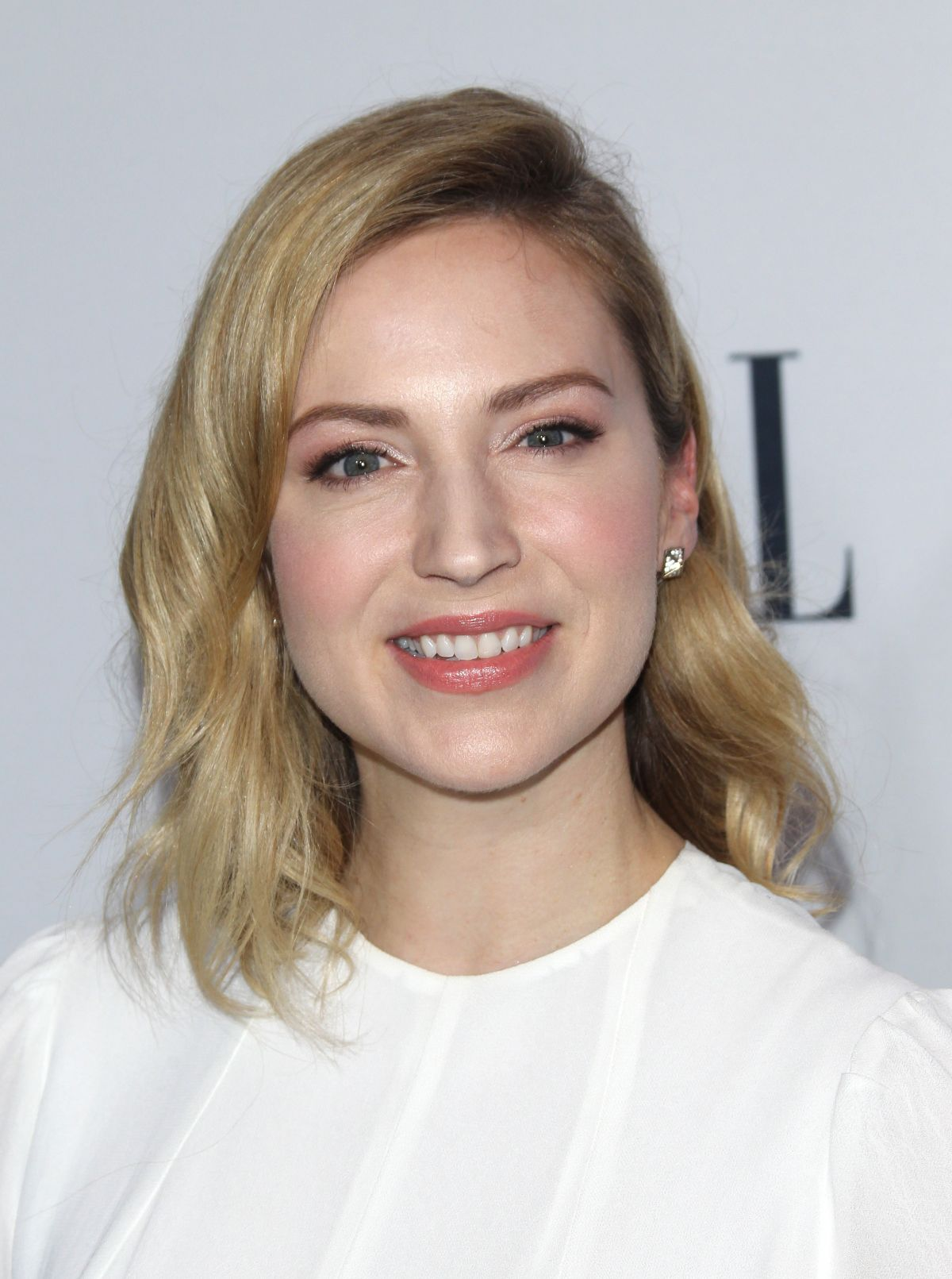 Beth Riesgraf wallpapers, Women, HQ Beth Riesgraf pictures ...