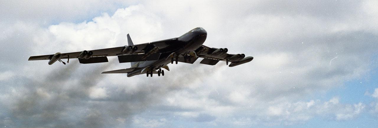 High Resolution Wallpaper | Boeing B-52 Stratofortress 1280x436 px