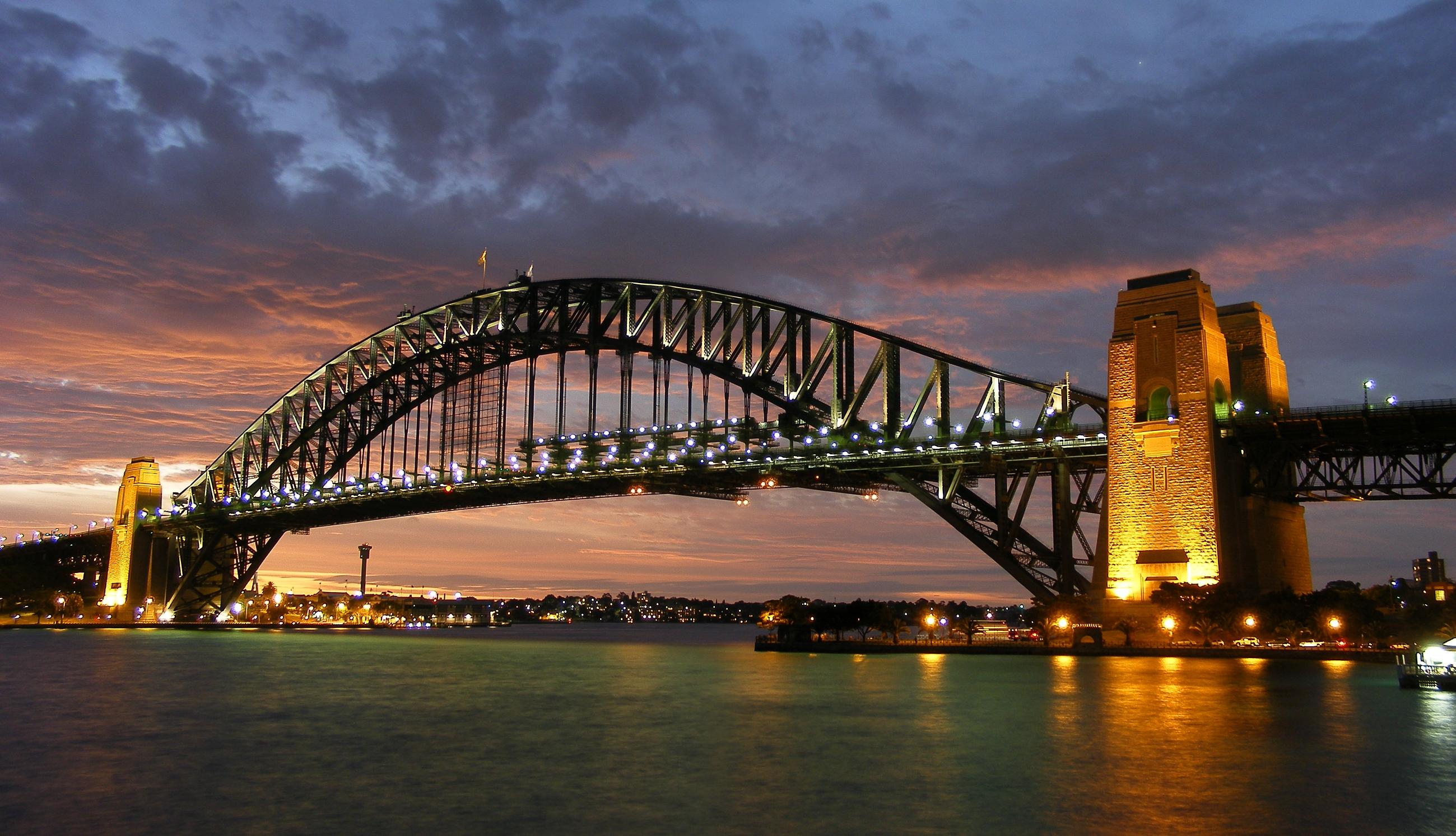 HQ Sydney Harbour Bridge Wallpapers | File 2907.44Kb