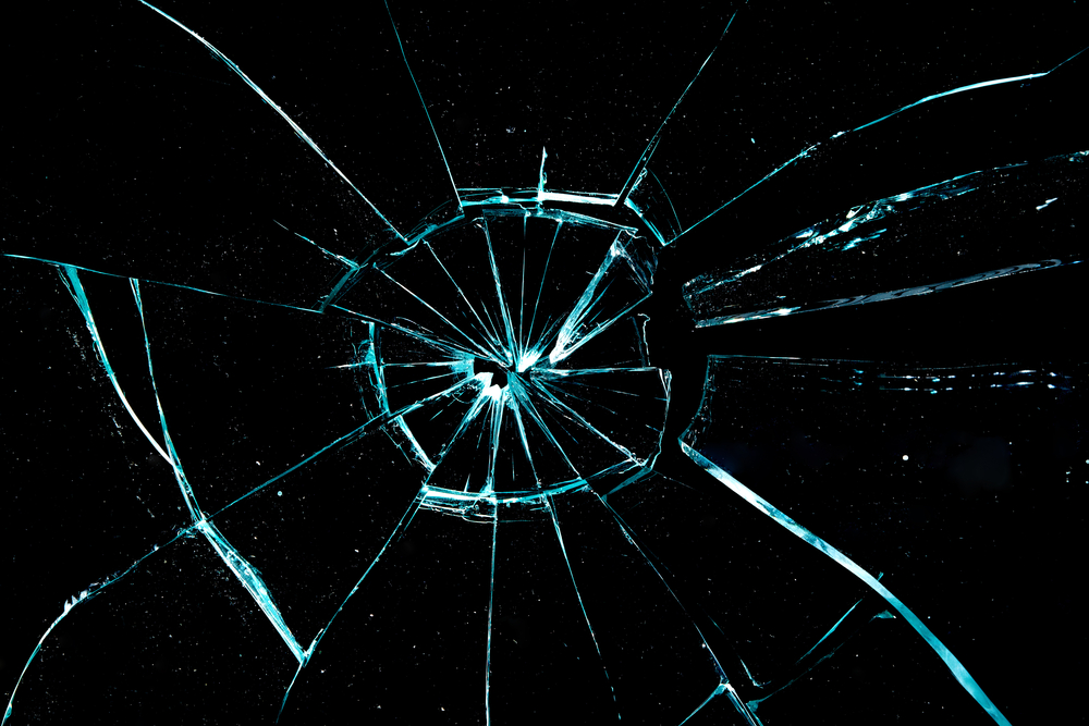 HD Quality Wallpaper | Collection: Abstract, 1000x667 Broken Glass