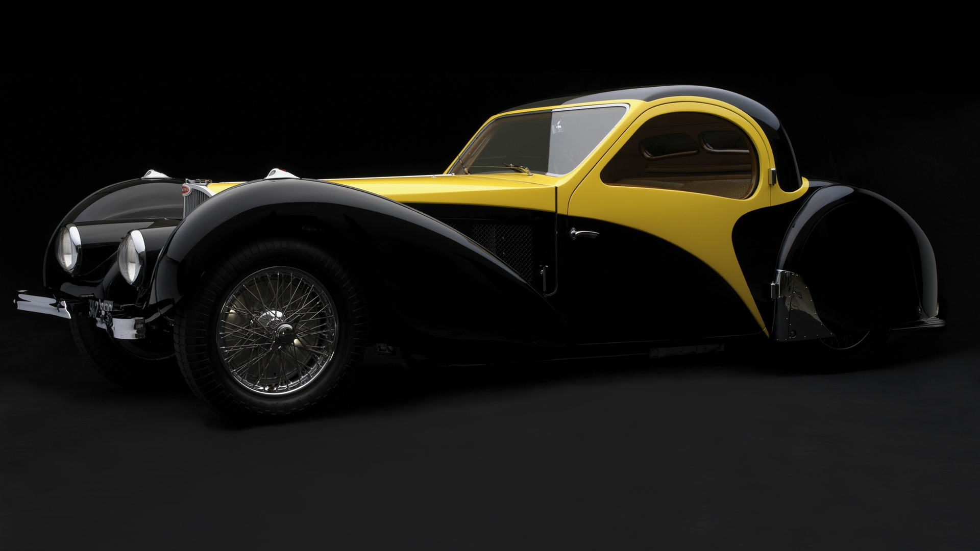 Nice Images Collection: Bugatti Type 57 Desktop Wallpapers