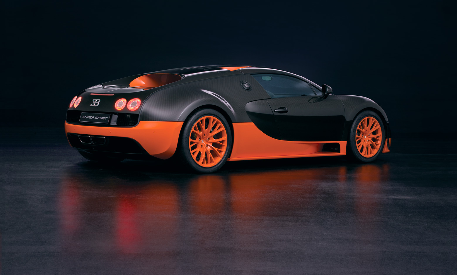 HD Quality Wallpaper | Collection: Vehicles, 1560x940 Bugatti Veyron