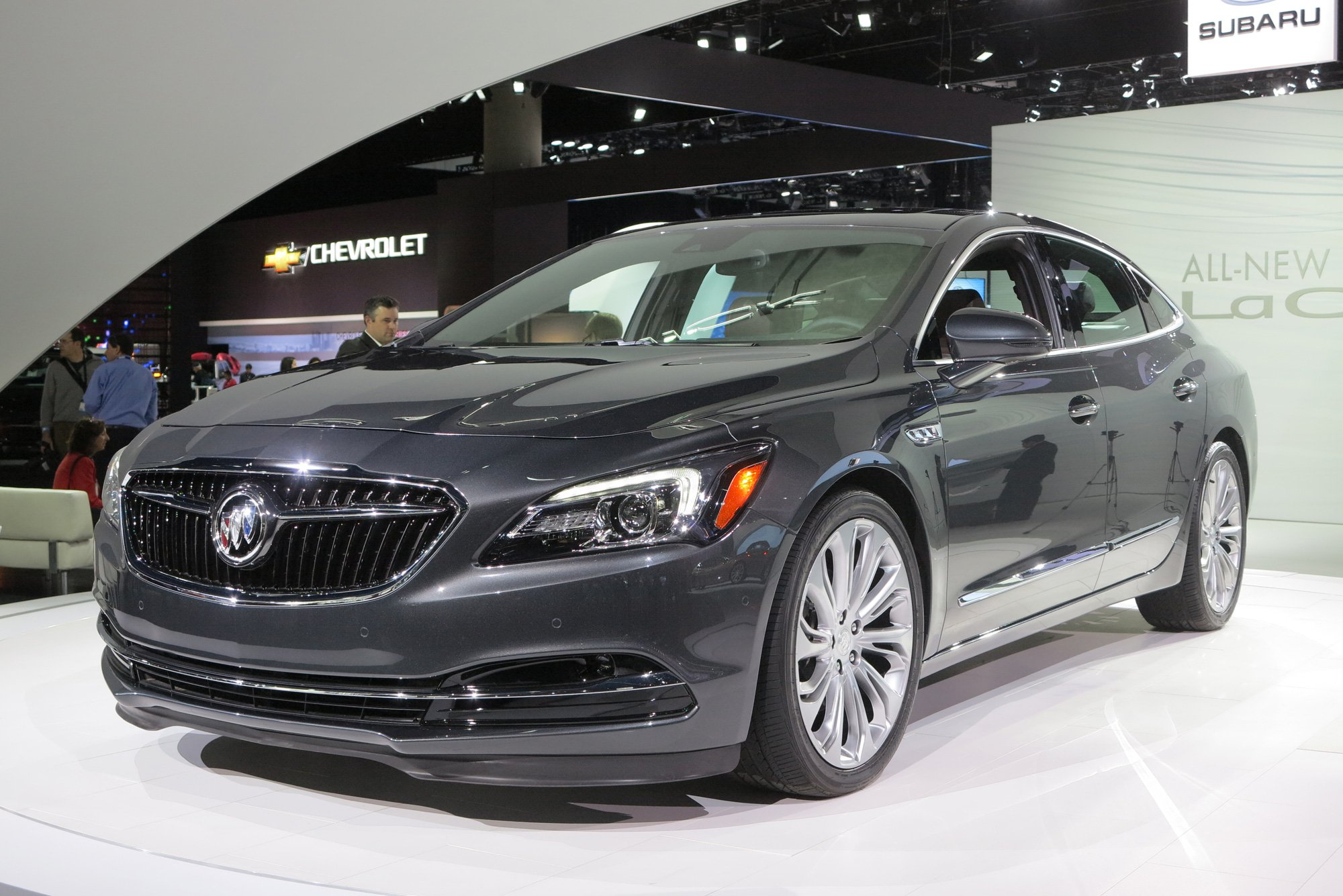 Amazing Buick LaCrosse Pictures & Backgrounds