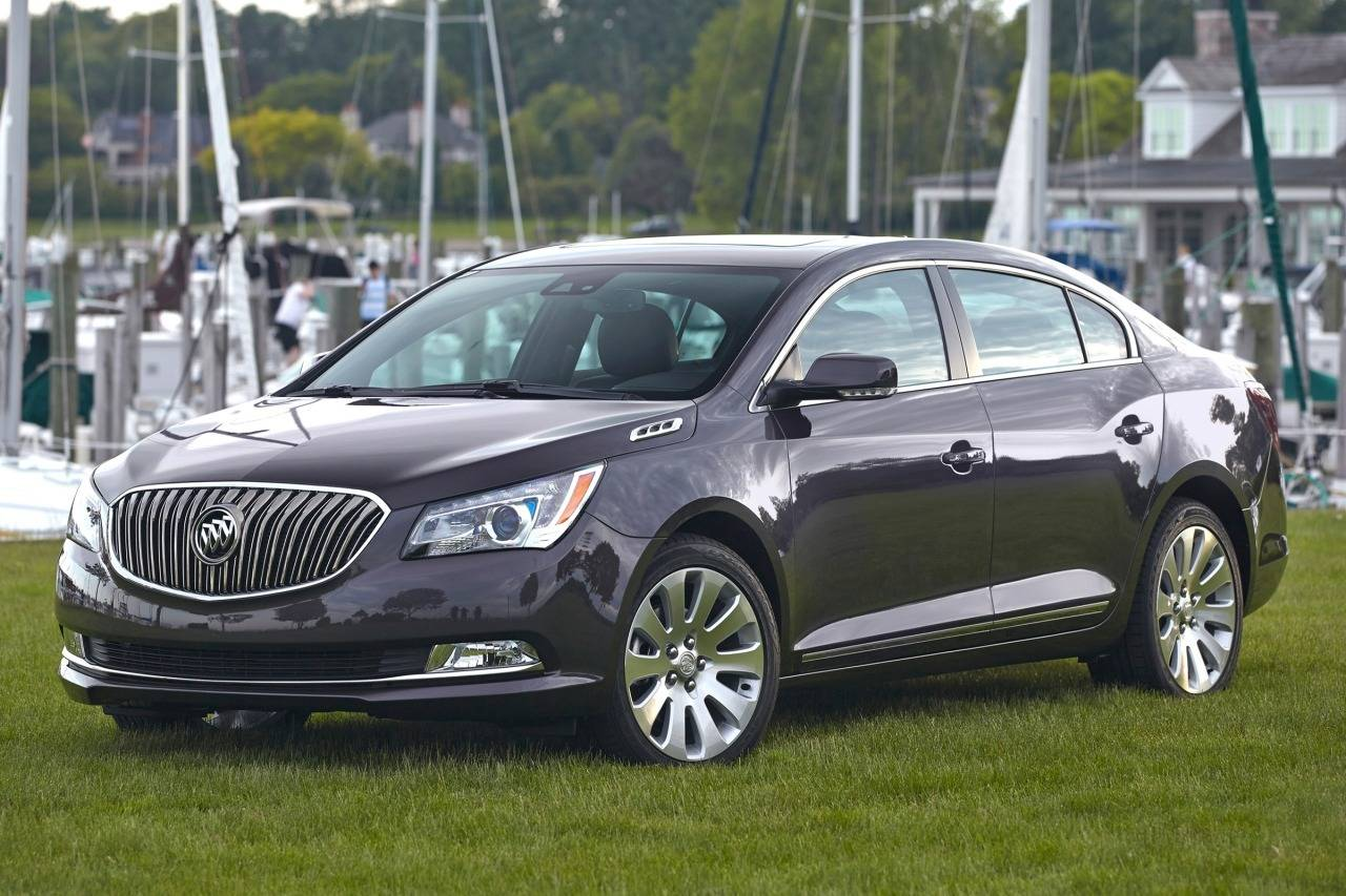 Buick LaCrosse Backgrounds on Wallpapers Vista