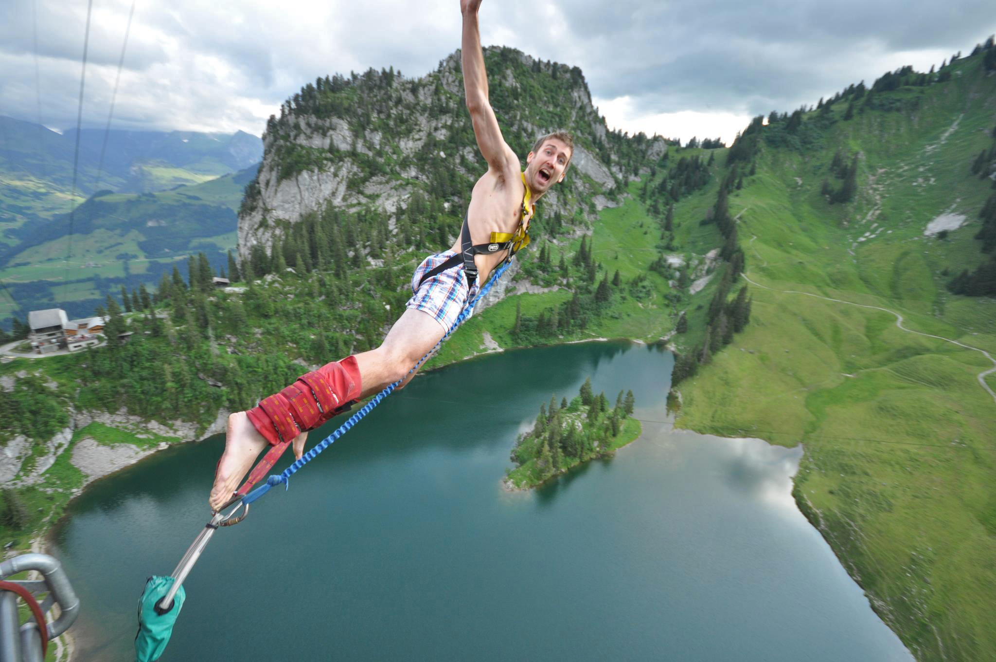 2048x1360 > Bungee Jump Wallpapers