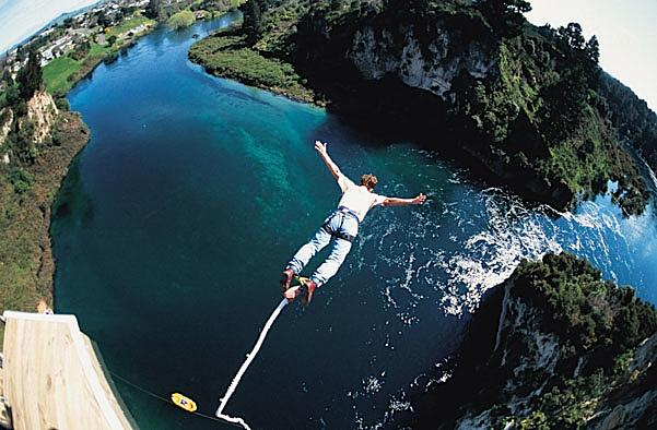 Amazing Bungee Jump Pictures & Backgrounds