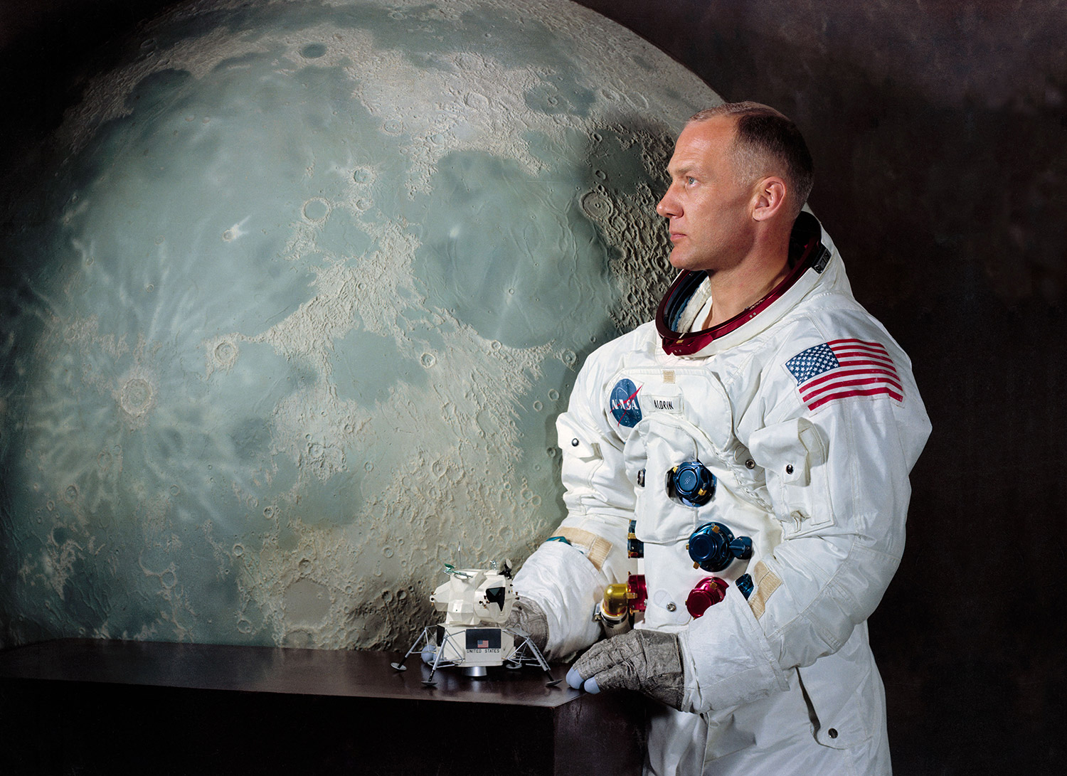 Nice Images Collection: Buzz Aldrin Desktop Wallpapers