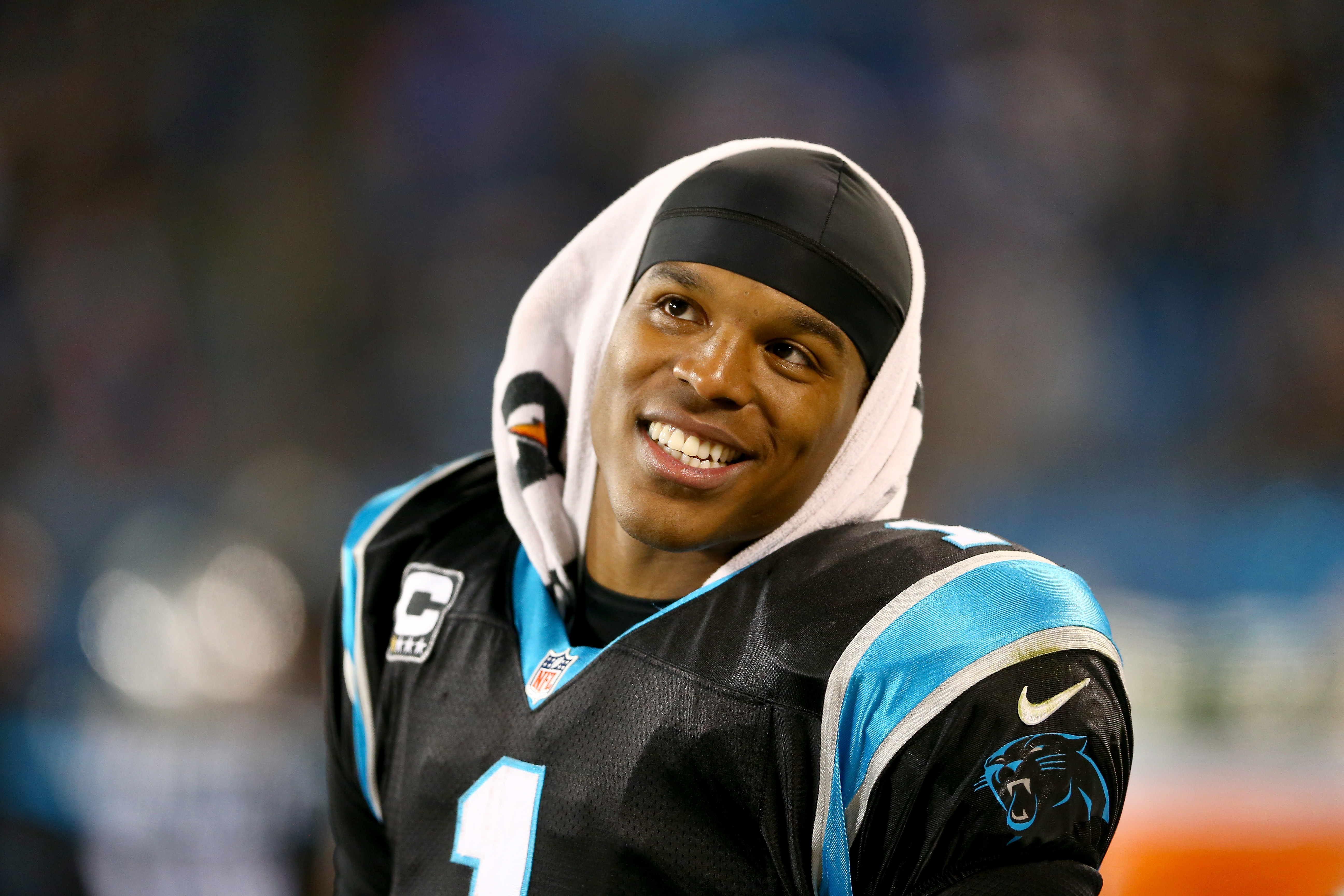 Amazing Cam Newton Pictures & Backgrounds