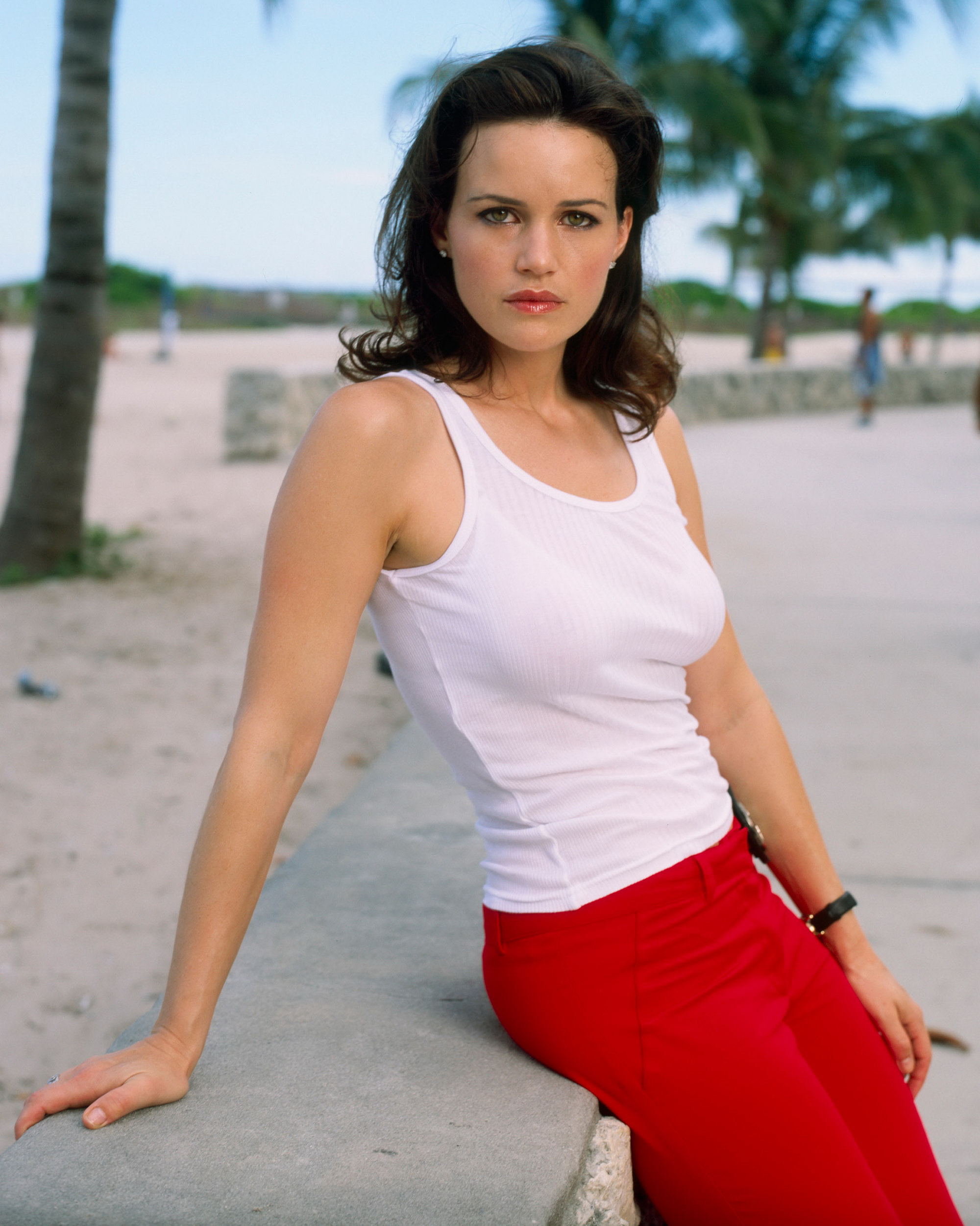 Nice Images Collection: Carla Gugino Desktop Wallpapers