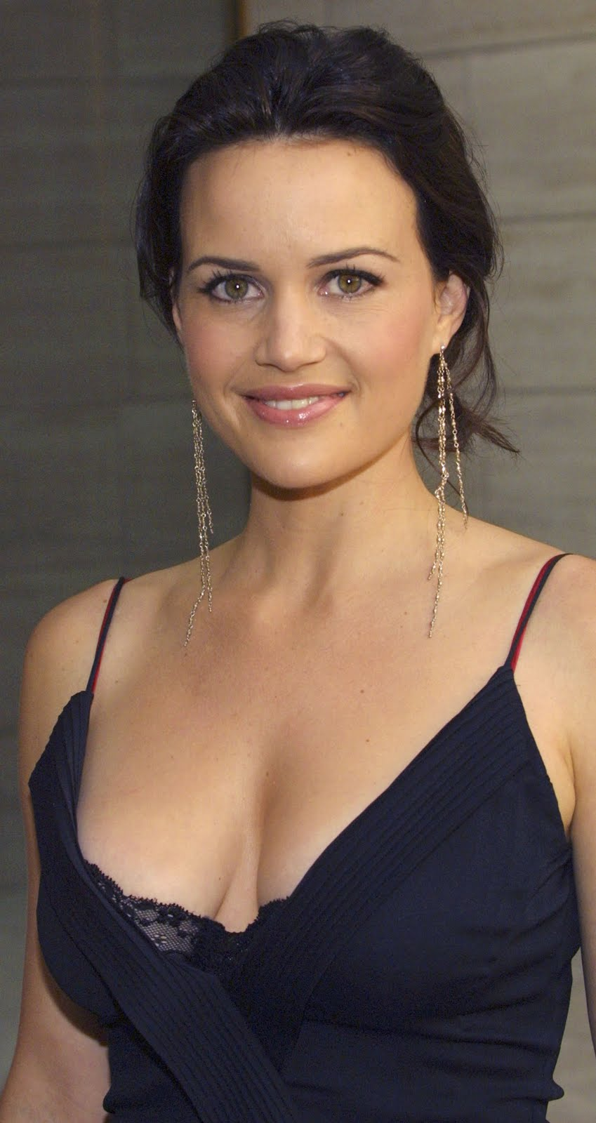 Carla Gugino Backgrounds, Compatible - PC, Mobile, Gadgets| 849x1600 px