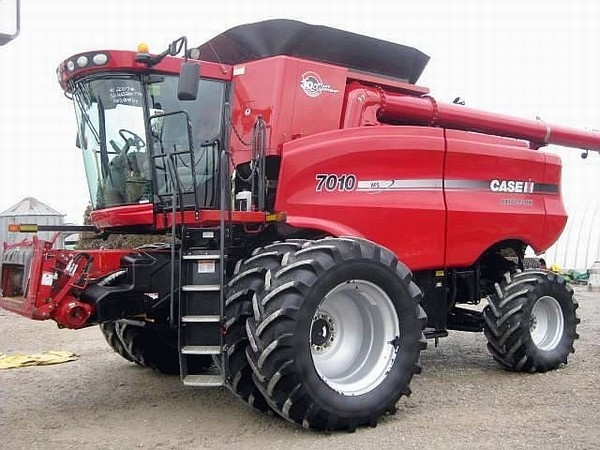 HD Quality Wallpaper   Collection: Vehicles, 600x450 Case 7010 Combine