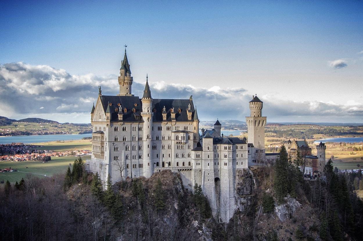 Castle Backgrounds, Compatible - PC, Mobile, Gadgets| 1250x833 px