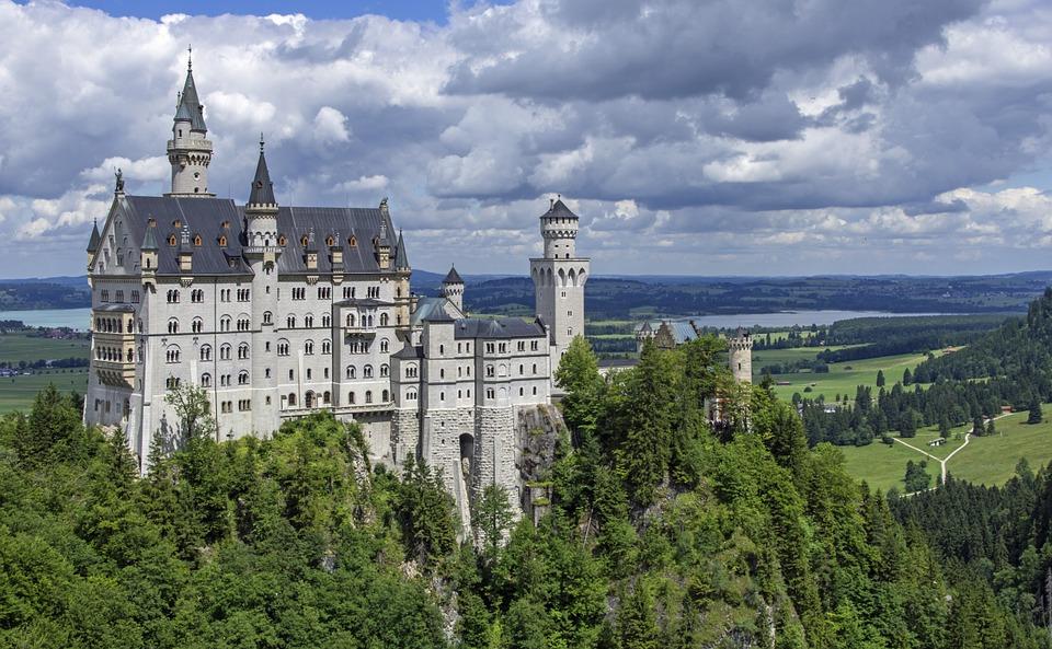 Castle Backgrounds on Wallpapers Vista