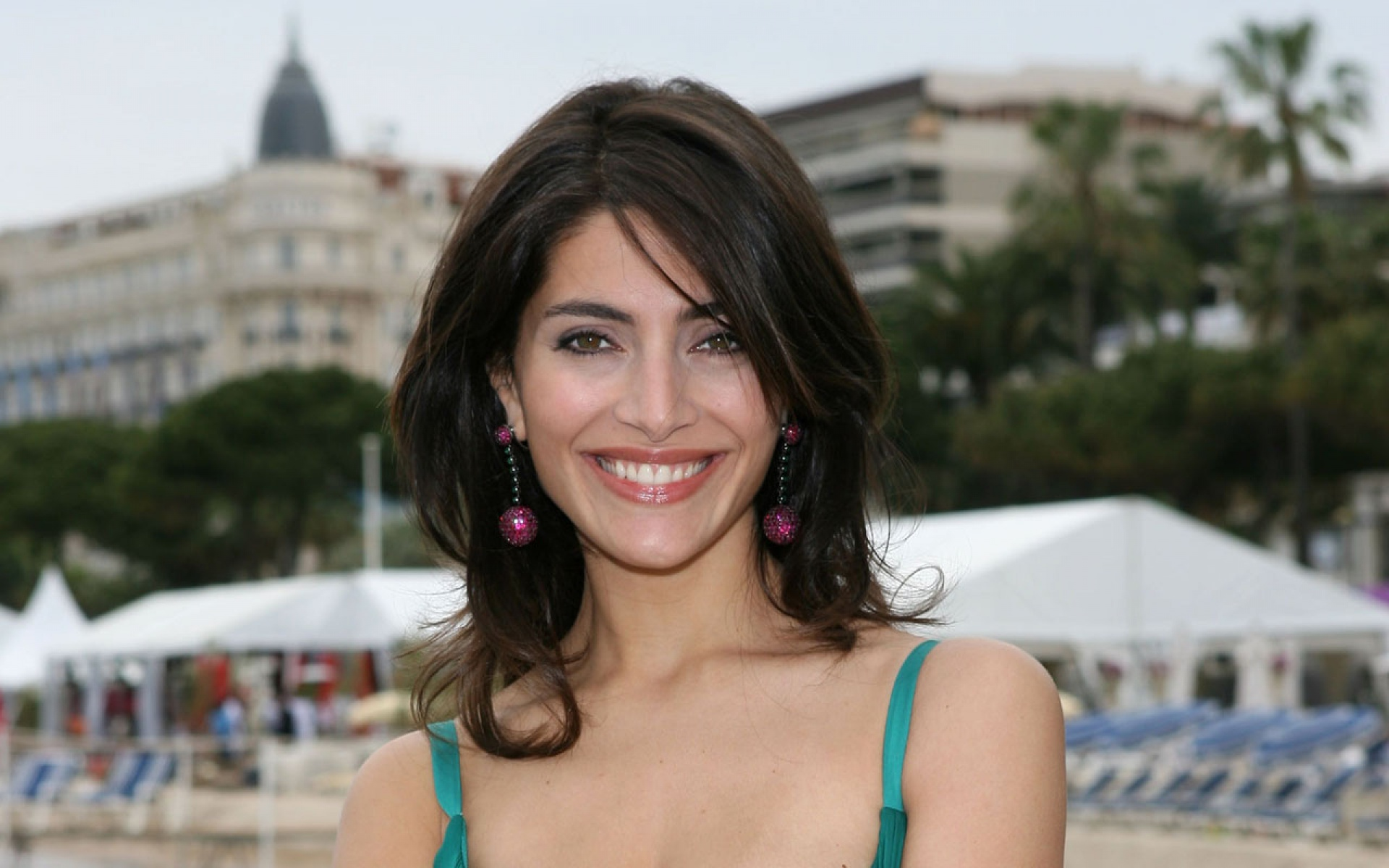 HD Quality Wallpaper | Collection: Celebrity, 1920x1200 Caterina Murino