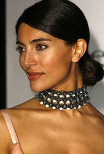 214x317 > Caterina Murino Wallpapers