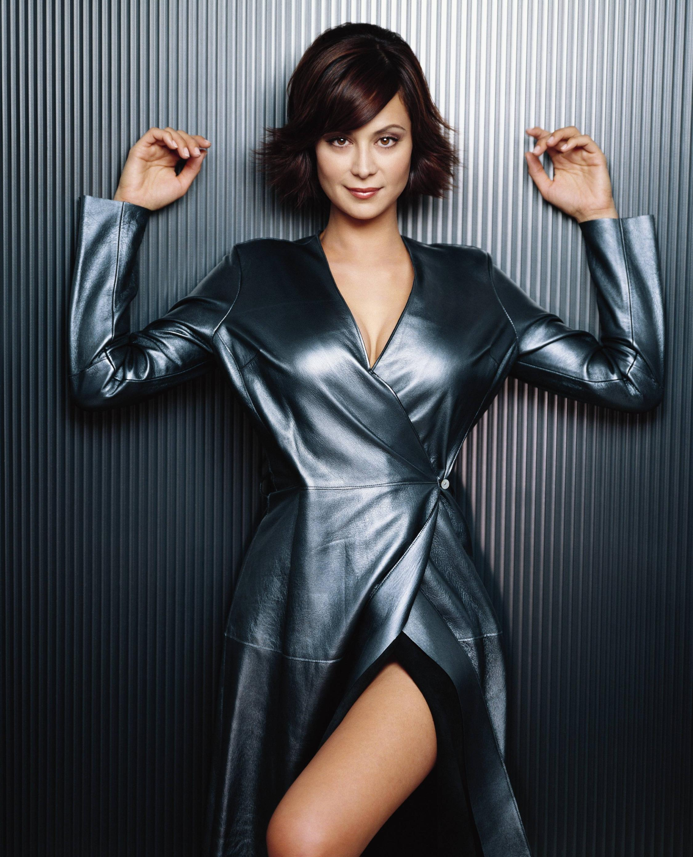 HQ Catherine Bell Wallpapers | File 757.31Kb